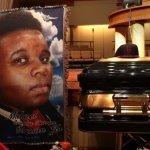 黒人青年射殺の警官が不起訴に。ファーガソン大陪審判決にケンドリック・ラマー、マックルモアらが反応