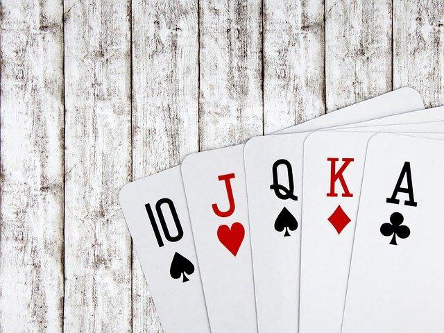 ポーカーのスターティングハンド(ビッグカード)