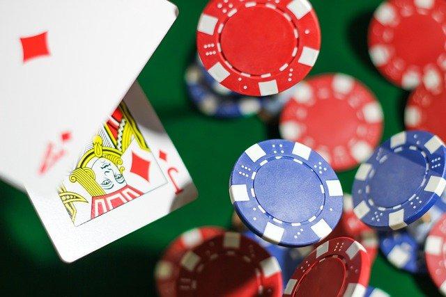 ポーカーのスターティングハンドと戦略
