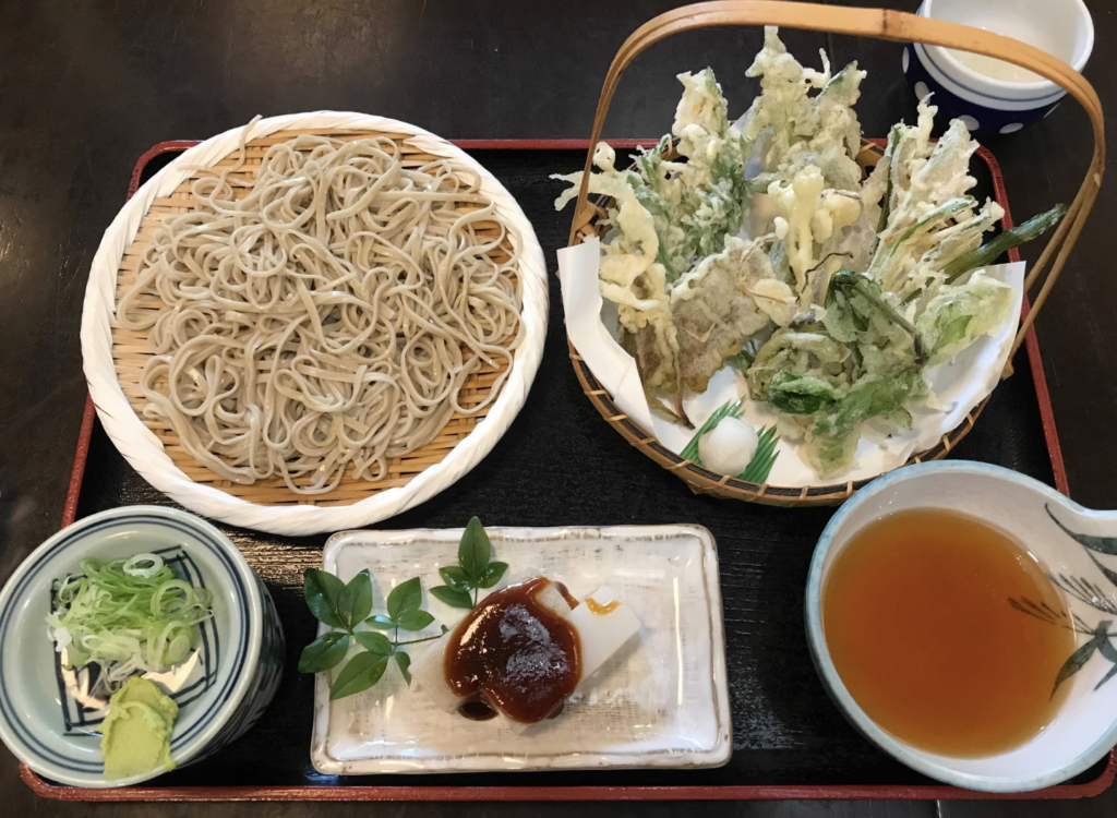 深大寺蕎麦・嶋田家の蕎麦:調布市のひとり旅・散歩におすすめの観光&食べ歩きスポット