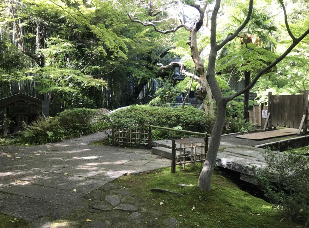 常行院大正寺の境内:調布市のひとり旅・散歩におすすめの観光&食べ歩きスポット