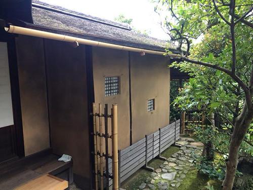 京都の露地(茶庭):国宝妙喜庵